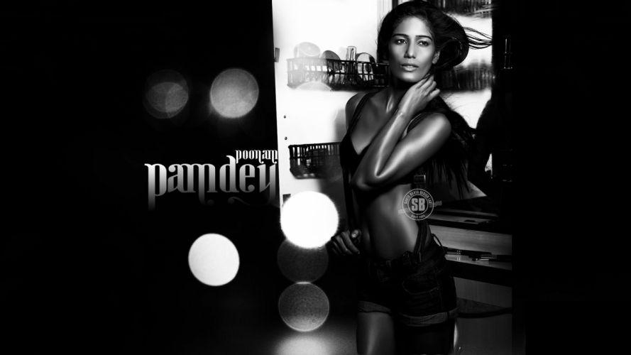 POONAM PANDEY bollywood actress model babe (24) wallpaper