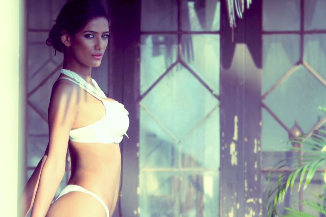 POONAM PANDEY bollywood actress model babe (42) wallpaper