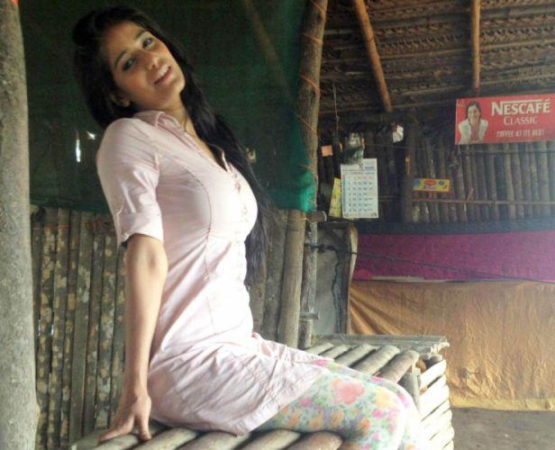POONAM PANDEY bollywood actress model babe (52) wallpaper