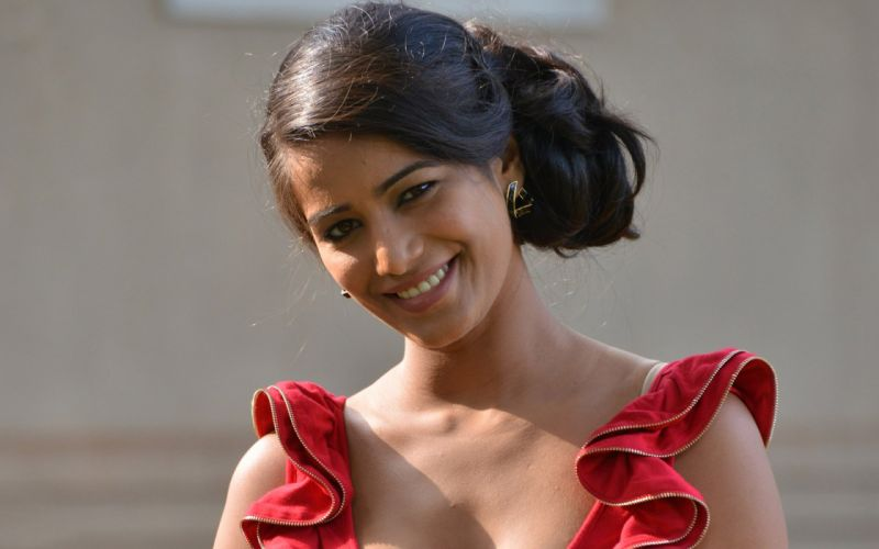 POONAM PANDEY bollywood actress model babe (65) wallpaper