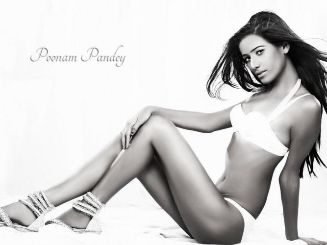 POONAM PANDEY bollywood actress model babe (93) wallpaper