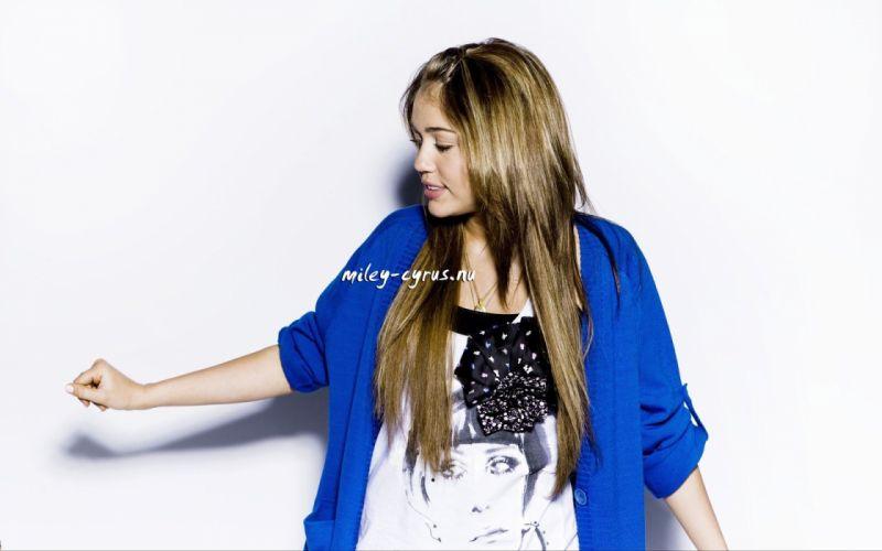 women Miley Cyrus celebrity Hannah Montana singers wallpaper