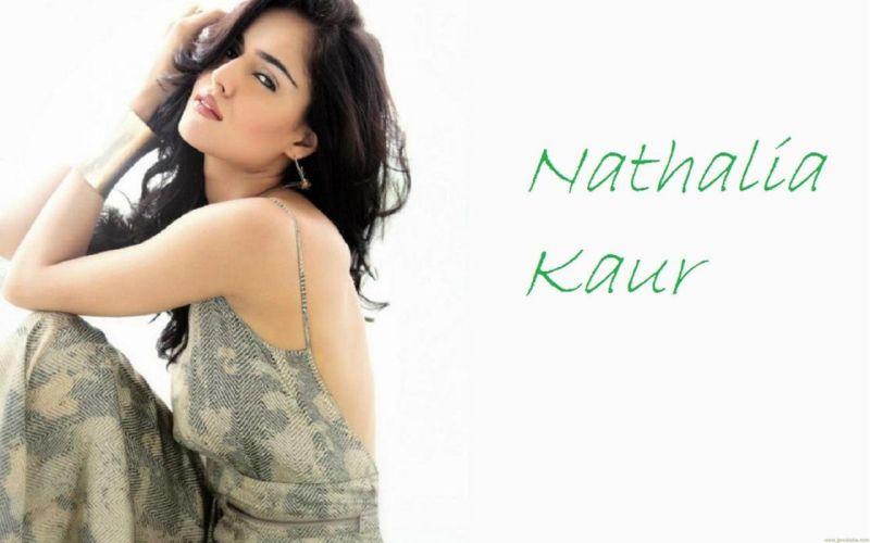 NATHALIA KAUR bollywood actress model babe (3) wallpaper