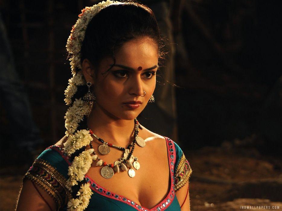 NATHALIA KAUR bollywood actress model babe (32) wallpaper