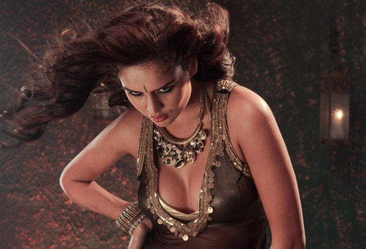 NATHALIA KAUR bollywood actress model babe (30) wallpaper