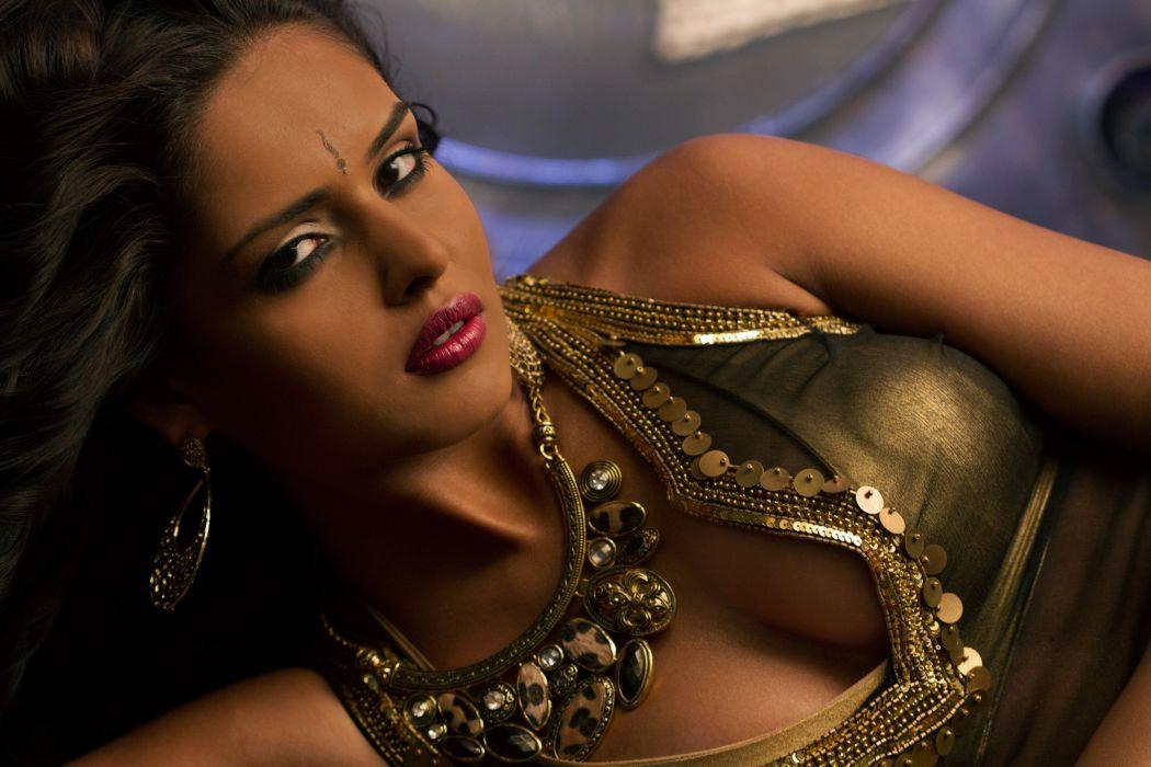 NATHALIA KAUR bollywood actress model babe (27) wallpaper
