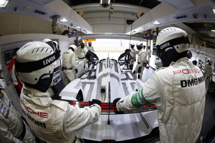 6 Hours of Silverstone 2014 2014 Porsche 919 Hybrid mechanics 4000x2667 wallpaper