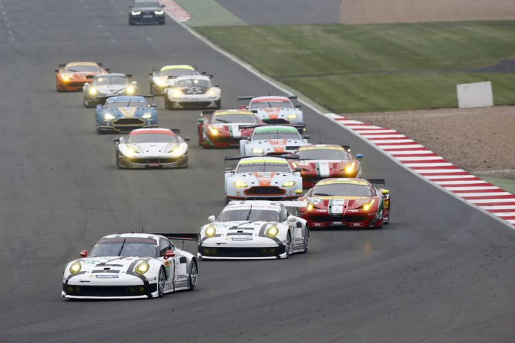 6 Hours of Silverstone 2014 LMGTE Pro and LMGTE AM start 4000x2667 wallpaper