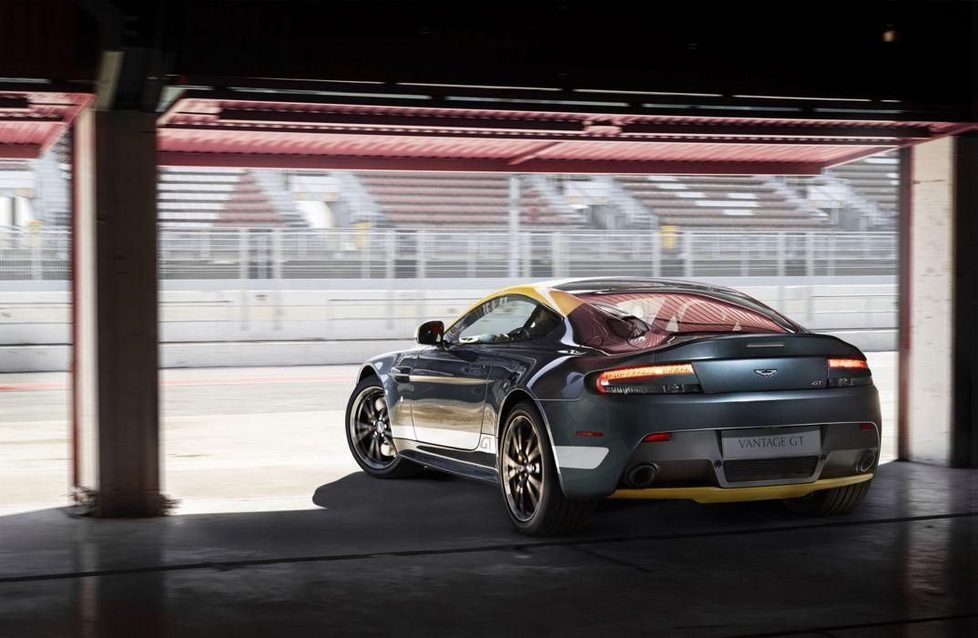 2014 AstonMartin V8VantageGT-4-1536 4000x2607 wallpaper