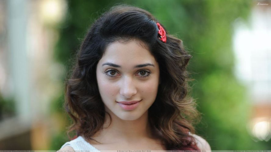 TAMANNA BHATIA bollywood actress model babe (2) wallpaper