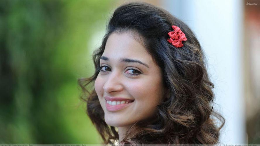 TAMANNA BHATIA bollywood actress model babe (1) wallpaper