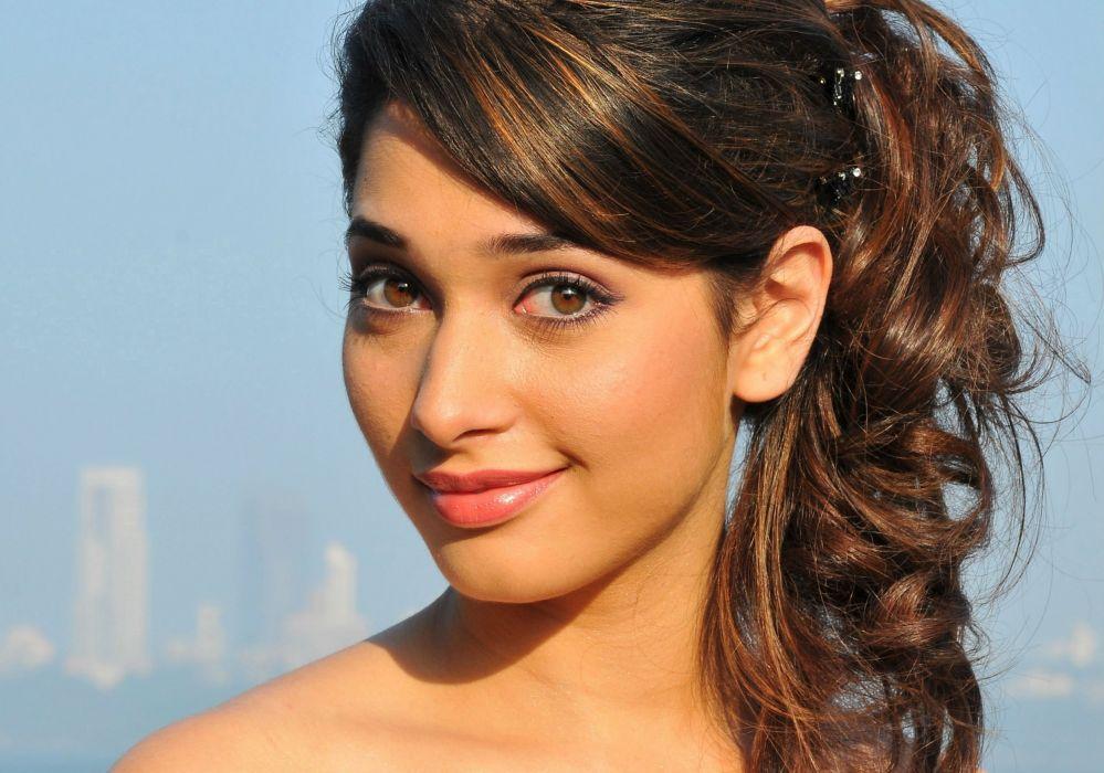 TAMANNA BHATIA bollywood actress model babe (29) wallpaper