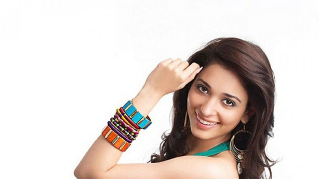 TAMANNA BHATIA bollywood actress model babe (33) wallpaper