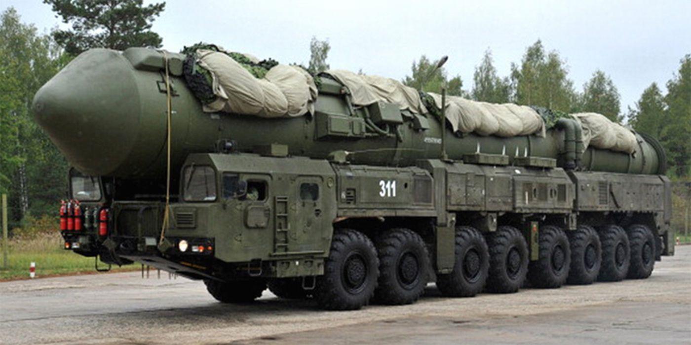 topol Russia missile russian soviet truck system mlitary 4ME0m 4000x2000 wallpaper