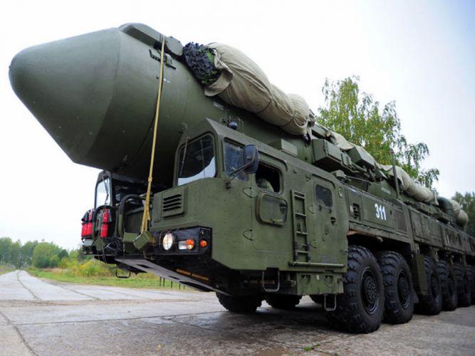 topol Russia missile russian soviet truck system mlitary w55sO 4000x3000 wallpaper