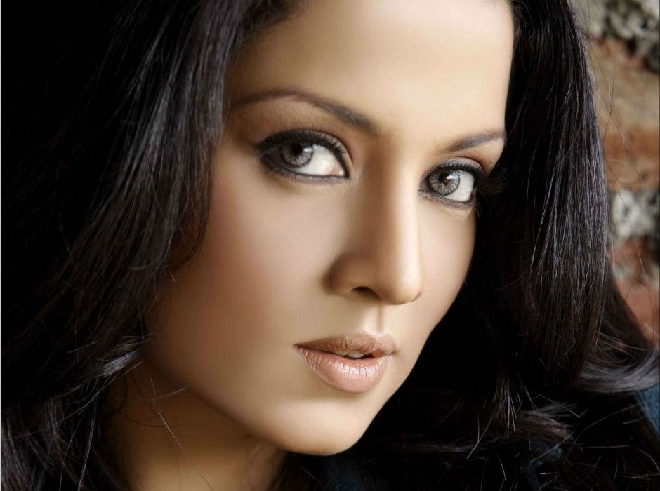 CELINA JAITLEY bollywood actress model babe (42) wallpaper