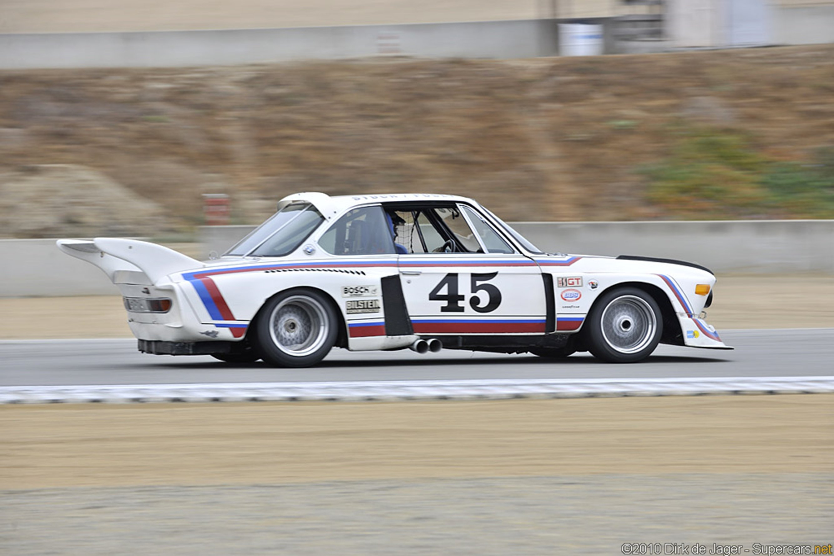 race car racing classic bmw wallpaper 2667x1779 343231