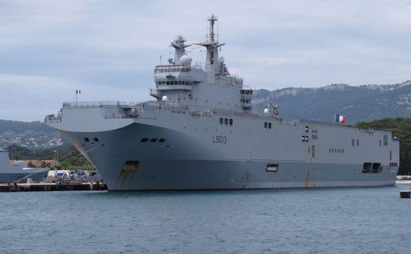 Mistral warship navy ship war France 4000x2475 wallpaper