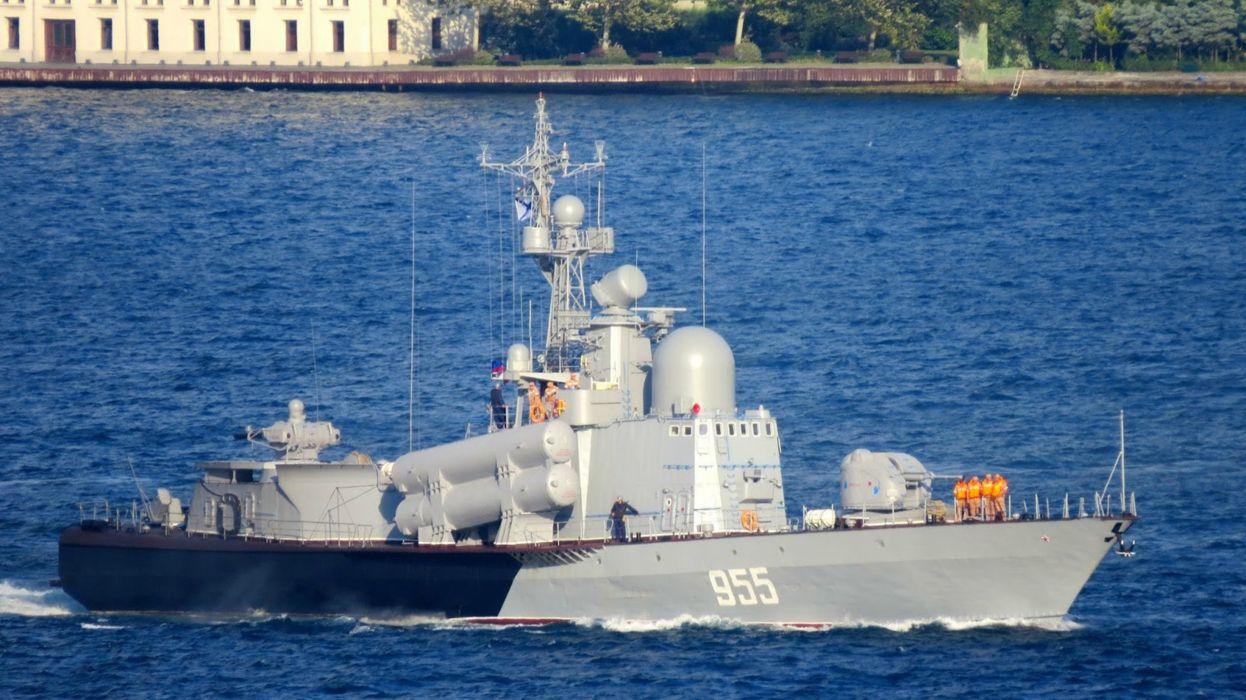 Russia navy russian warship ship war red star 4000x2248 wallpaper