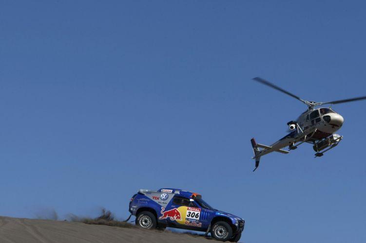 helicopter volkswagem rally touareg dakar race 2010 car desert racing sand 4000x2666 wallpaper