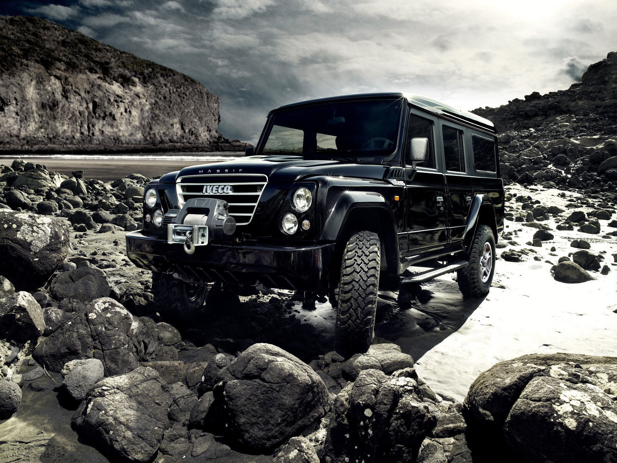 2007 11 iveco massif 5 door suv 4x4 awd fiat land rover defender ew wallpaper 2048x1536. Black Bedroom Furniture Sets. Home Design Ideas