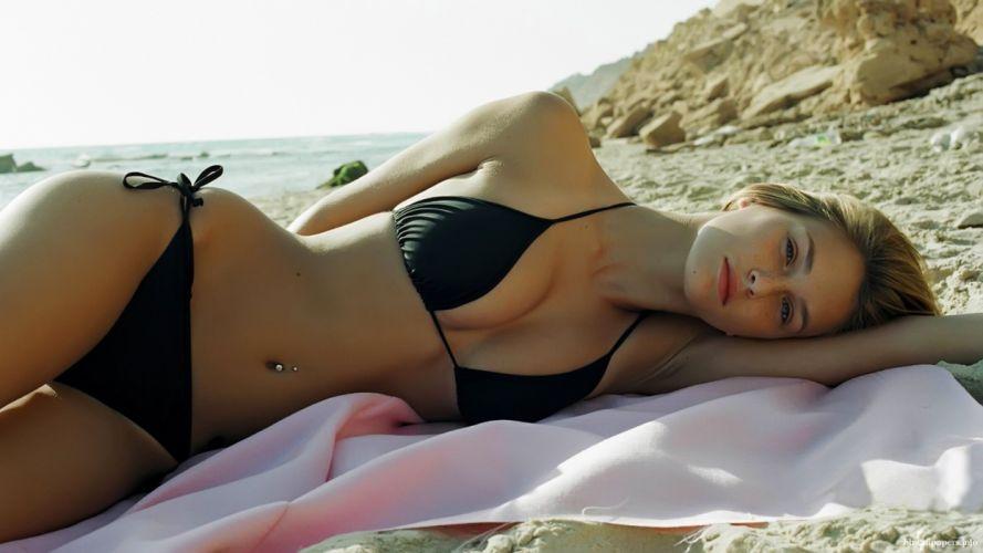 Bar Rafaeli model blonde babe sexy bikini 4000x2250 wallpaper