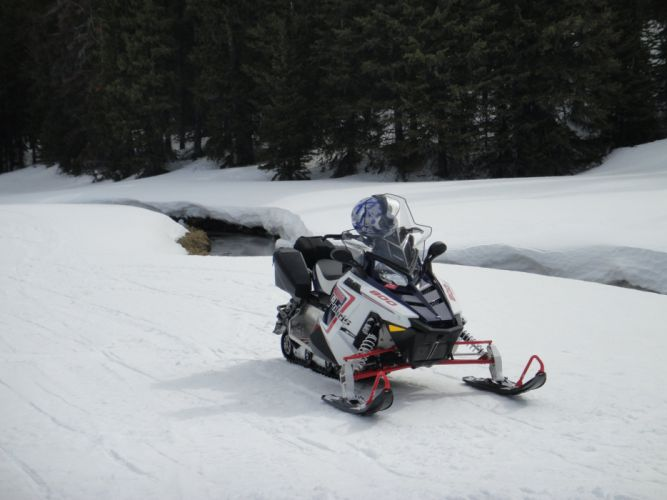 POLARIS 800 SWITCHBACK snowmobile sled atv (3) wallpaper