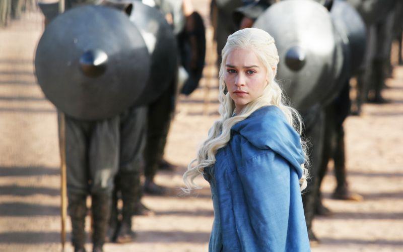 emilia clarke game-of-thrones actress blonde 4000x2500 wallpaper