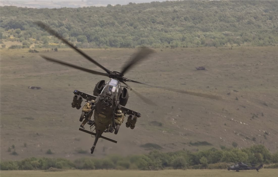 A-129 helicopter aircraft military (8) wallpaper