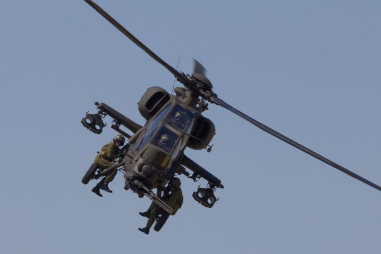 A-129 helicopter aircraft military (13) wallpaper