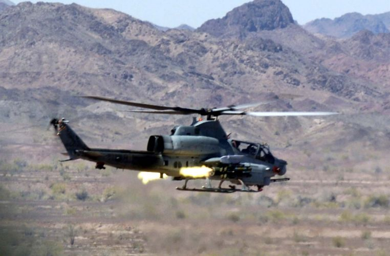 AH-1Z helicopter military aircraft (11) wallpaper