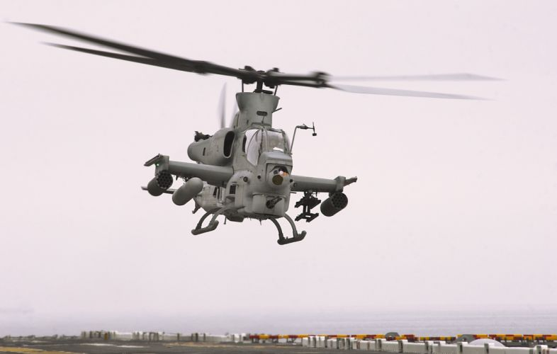 AH-1Z helicopter military aircraft (22) wallpaper