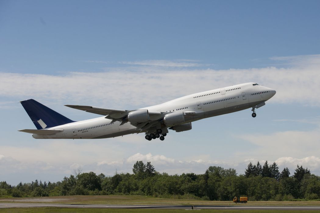 BOEING 747 airliner aircraft plane airplane boeing-747 transport (1) wallpaper