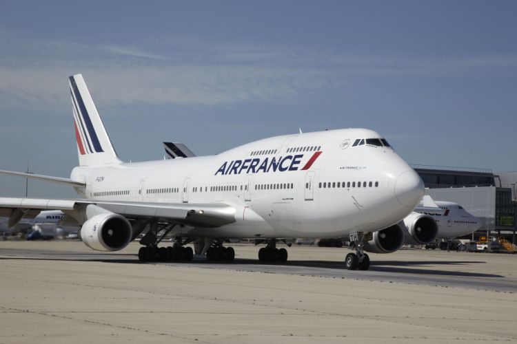 BOEING 747 airliner aircraft plane airplane boeing-747 transport (35) wallpaper