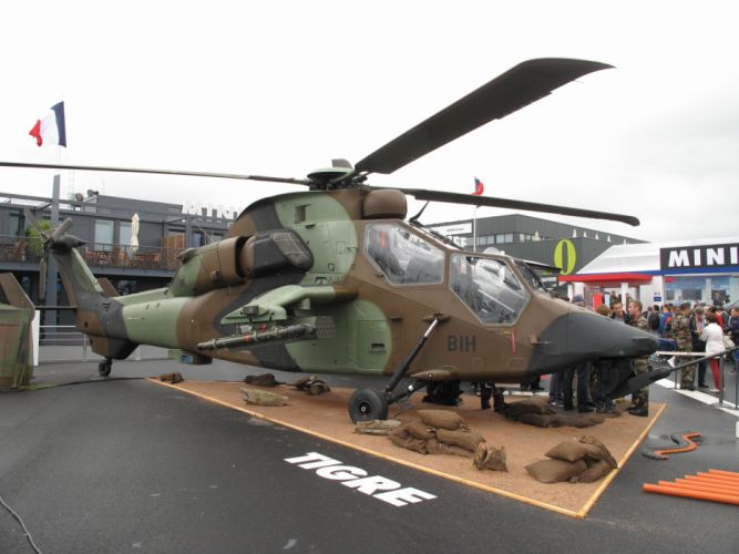 EUROCOPTER TIGER attack helicopter aircraft (6) wallpaper