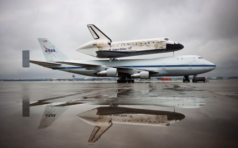 BOEING 747 airliner aircraft plane airplane boeing-747 transport space shuttle nasa gd wallpaper