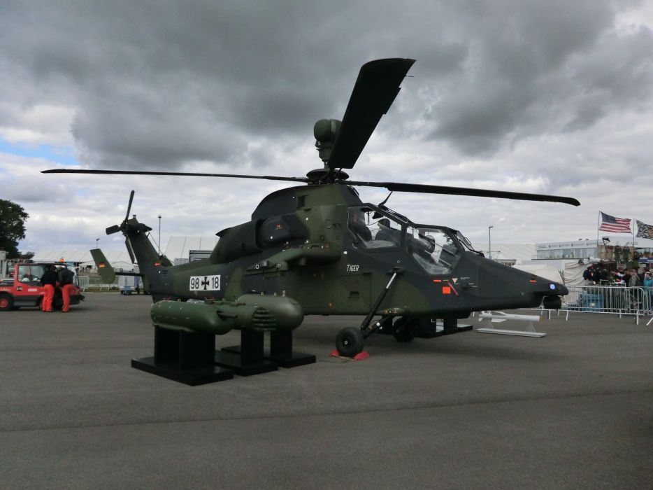 EUROCOPTER TIGER attack helicopter aircraft (5) wallpaper