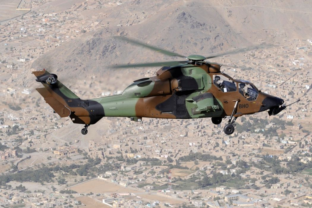 EUROCOPTER TIGER attack helicopter aircraft (40) wallpaper