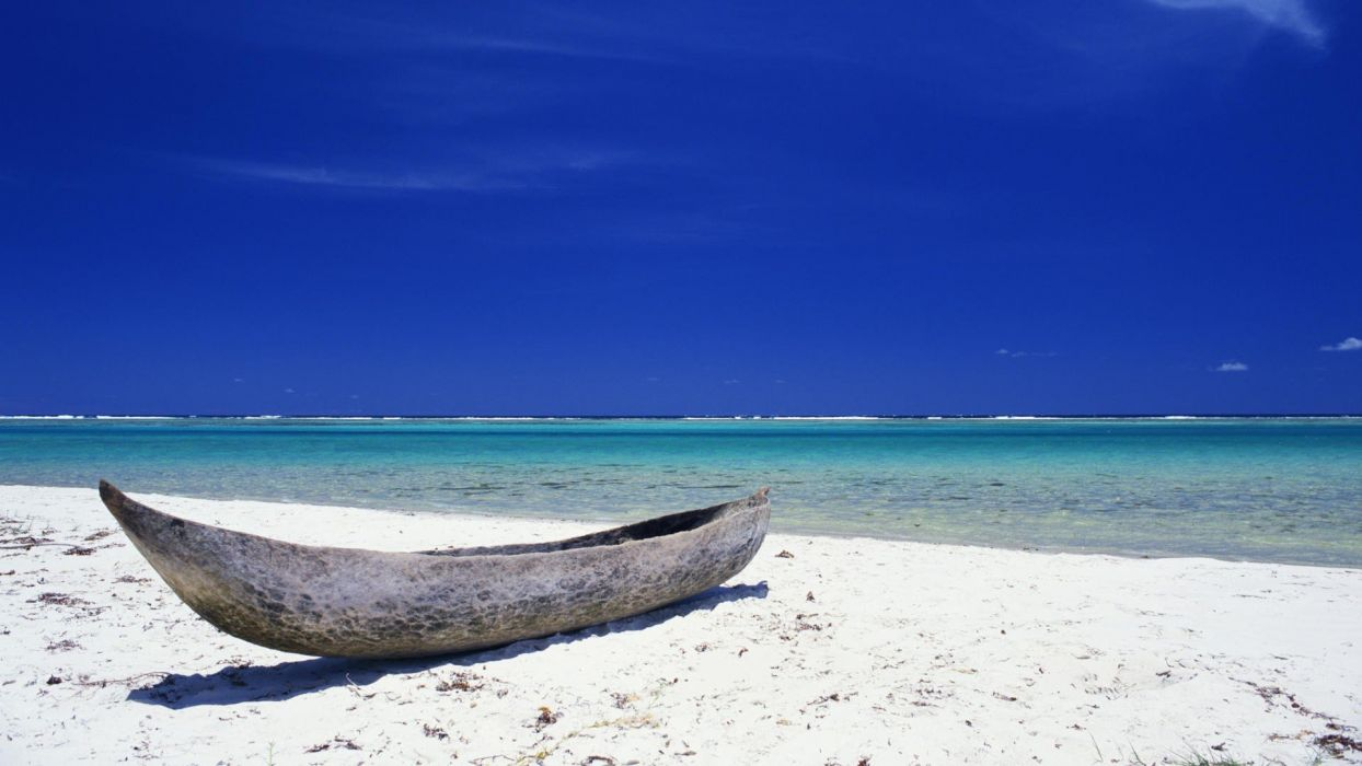 Tahiti canoe wallpaper