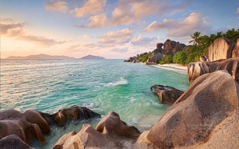la-digue beach seychelles 4000x2500 wallpaper