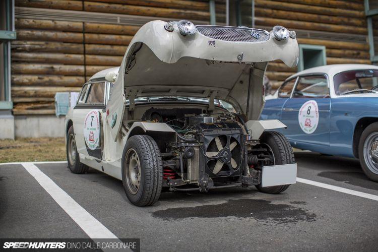MarronierRun classic car 4000x2667 wallpaper