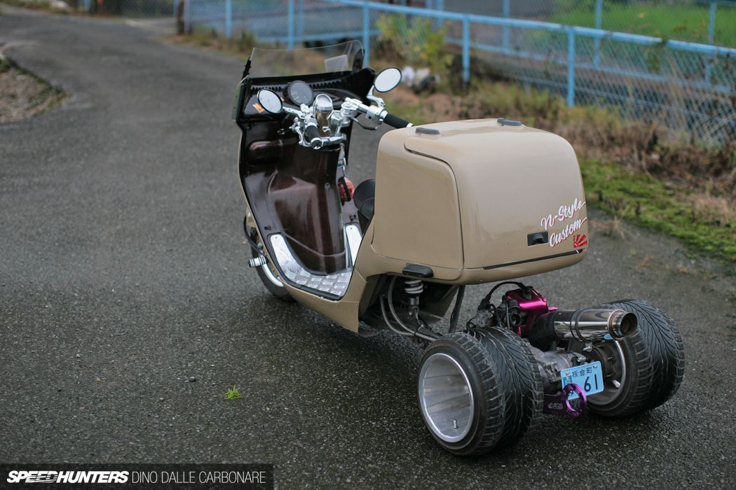 tricycle tunning 4000x2667 wallpaper