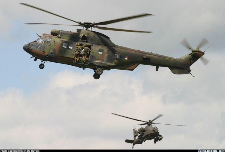 helicopter aircraft military cargo transport Czech-republic troops soldiers wallpaper