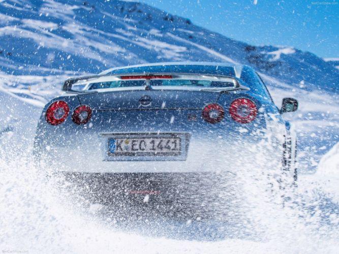 Nissan GT-R 2015 supercar car godzilar snow action wallpaper 45 4000x3000 wallpaper