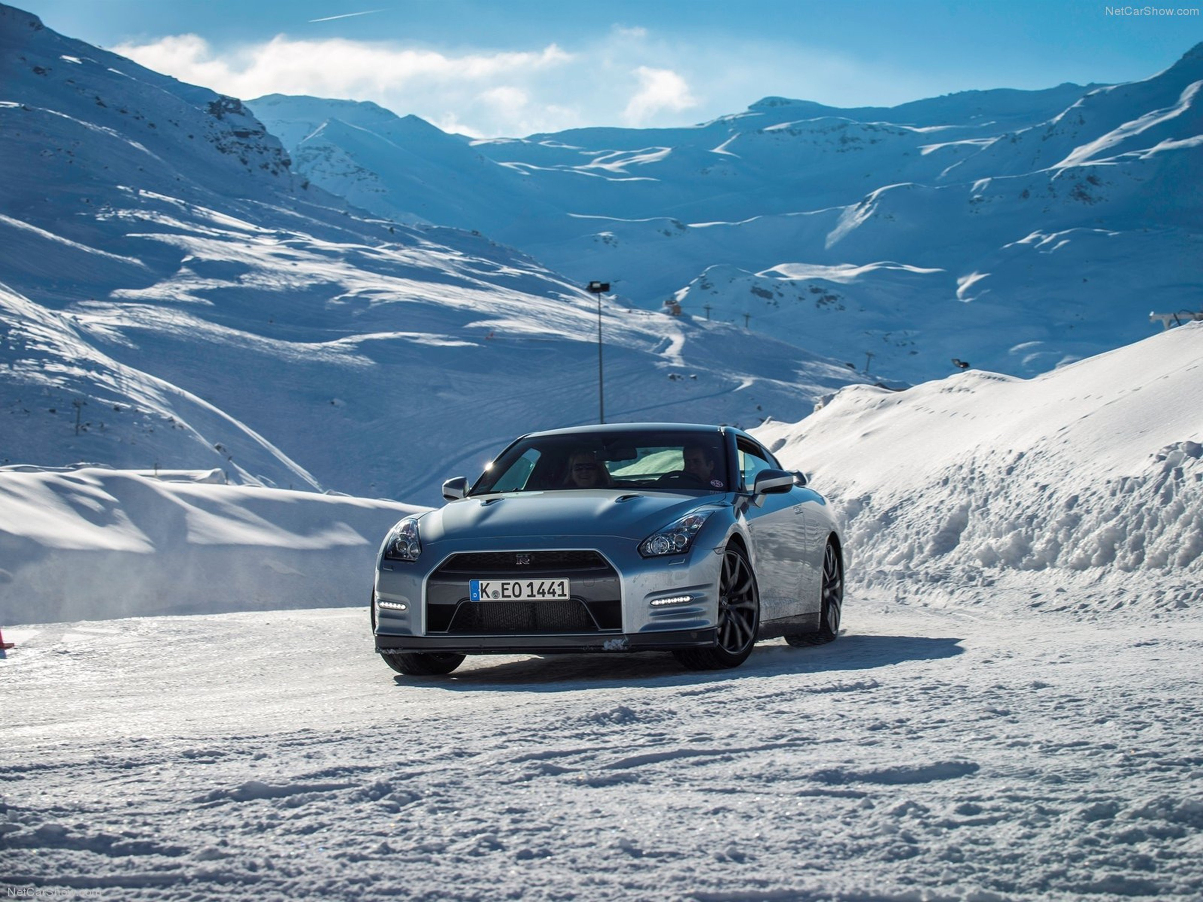 Nissan GT R 2015 supercar car godzilar snow wallpaper 0d 4000x3000