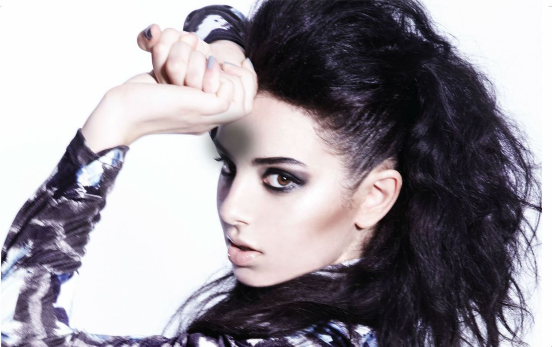 CHARLI XCX synthpop indietronica darkwave house pop indie electronica (31) wallpaper
