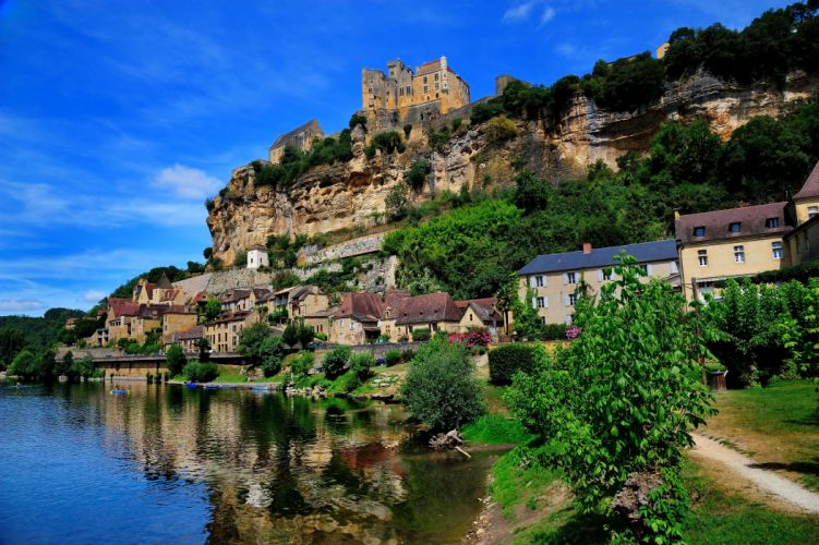 France Houses Rivers Beynac et Cazenac Shrubs Cities wallpaper