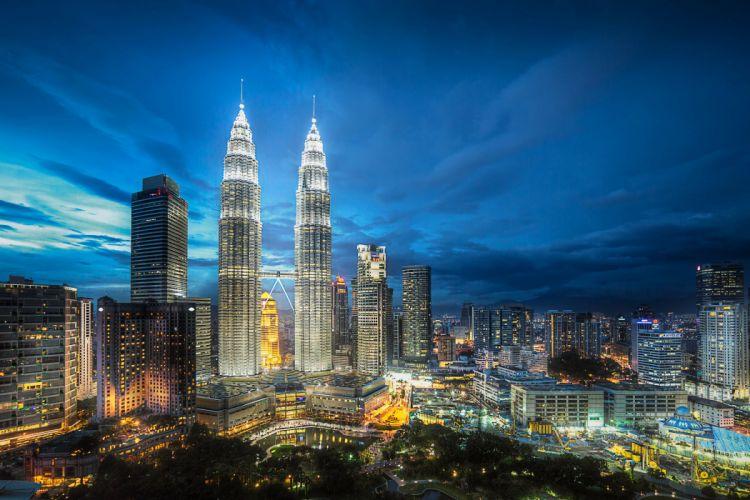 Malaysia Skyscrapers Houses Megapolis Night Kuala Lumpur Cities wallpaper