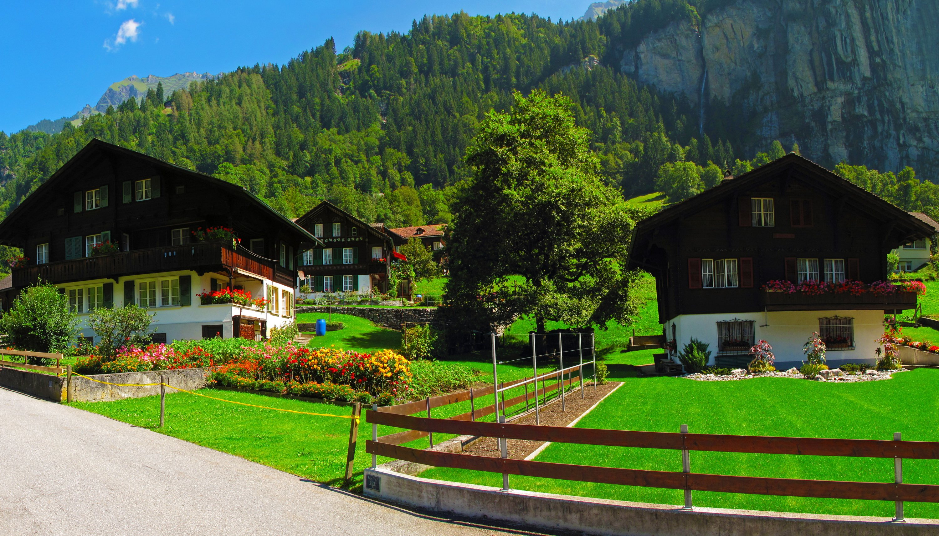 Switzerland Houses Lauterbrunnen Lawn Fence Cities