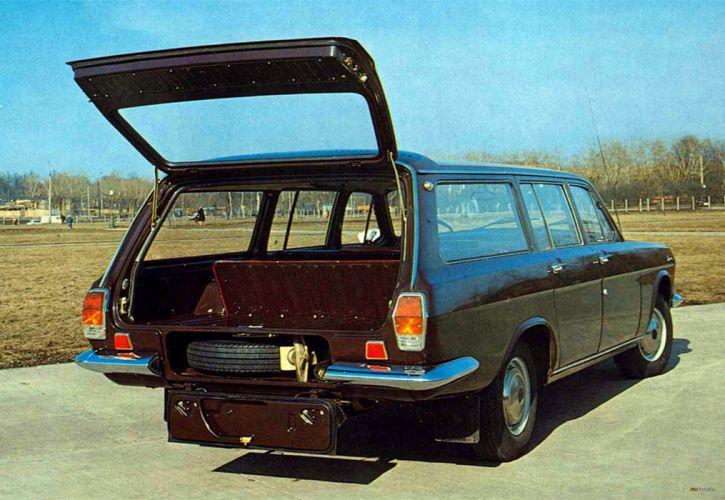 1972 russian car volga gaz Russia 4000x2759 wallpaper
